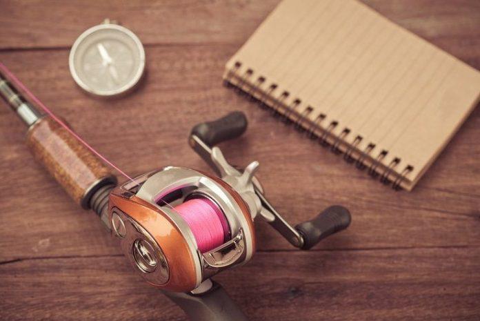 how to use baitcasting reel