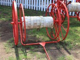 metal garden hose reel
