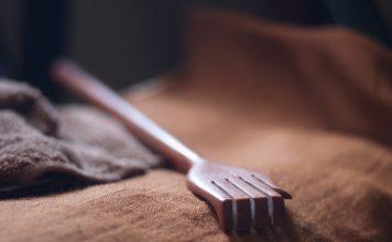back scratcher wooden